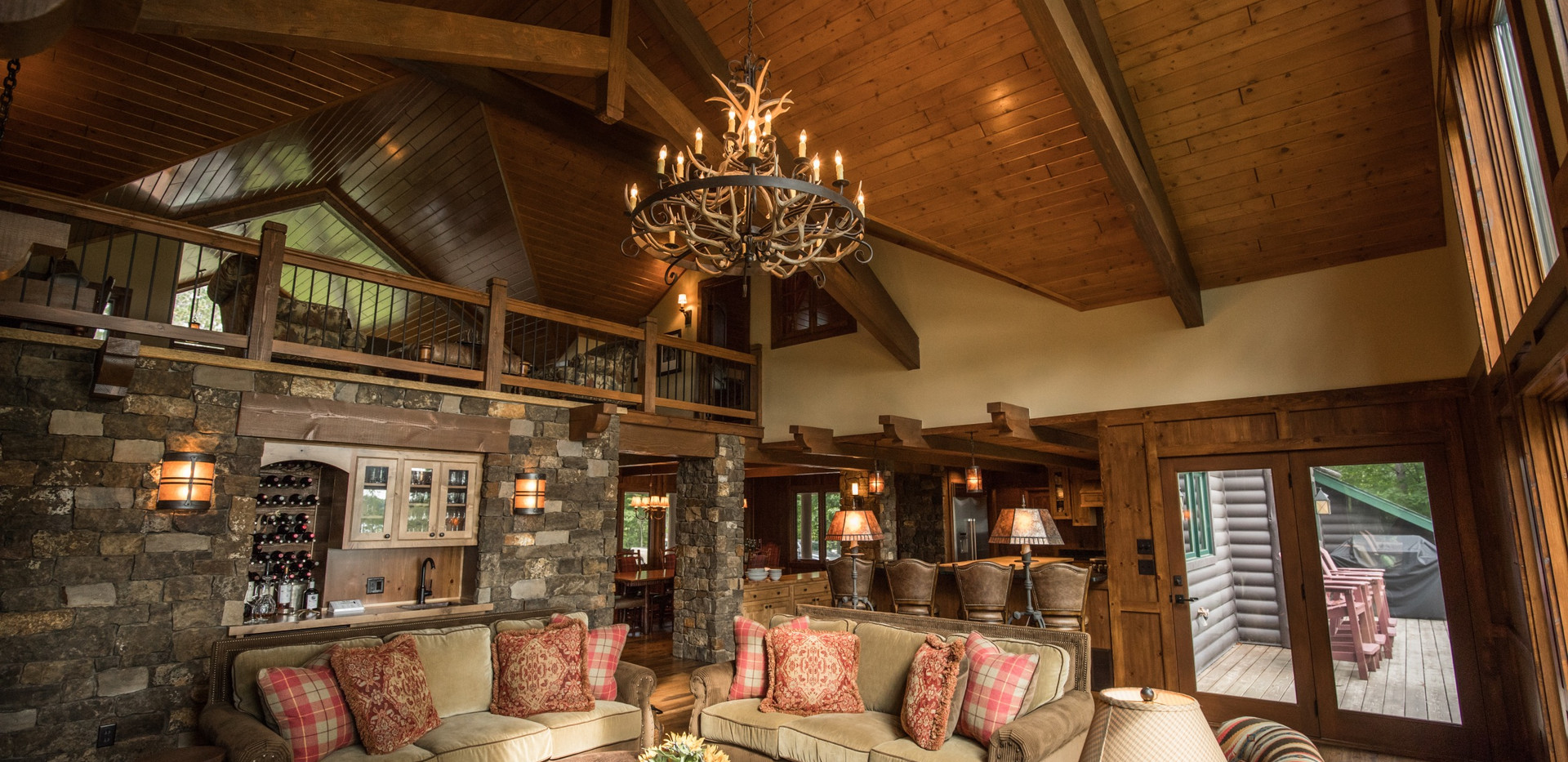 Traditional Chalet Cabin Stone Face Wet Bar