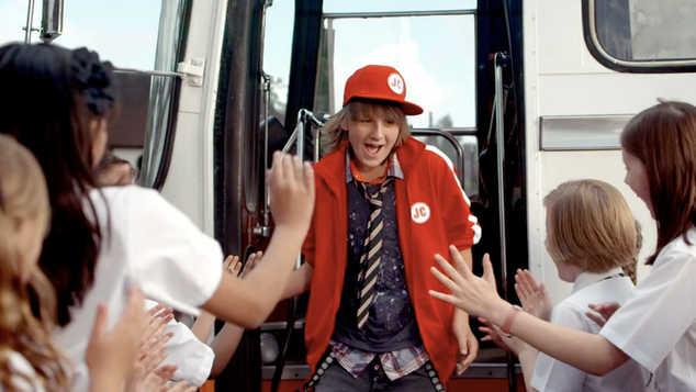 ROBINSONS FRUIT SHOOT 'Juice Crew Bus'