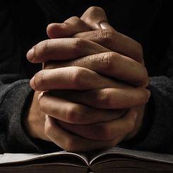 praying-02.jpg