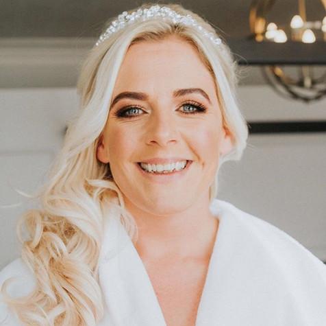 Stunning bride Sarah's beautiful makeup