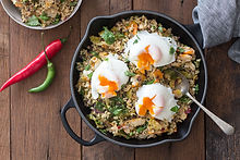 Easy-Healthy-Kedgeree-Recipe_overhead-wi