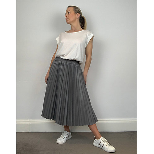 Pleated Faux Leather Skirt - Grey