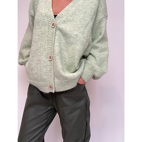 Button Cardigan - Pastachio