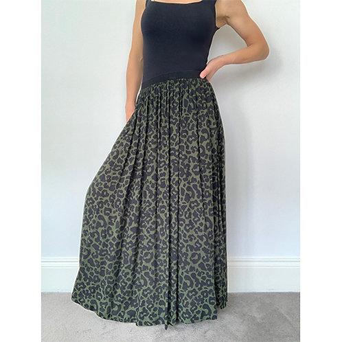 Maxi Camo Skirt - Green/Black