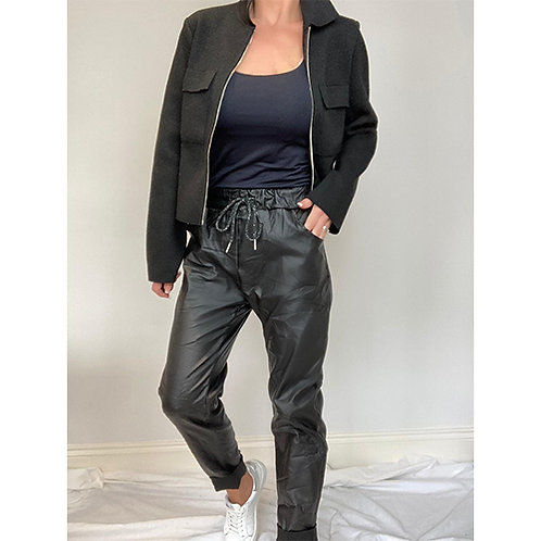 Coated Trousers - Black