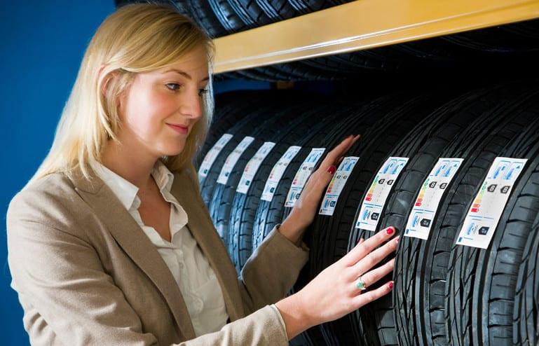Como escolher o pneu certo para o seu carro