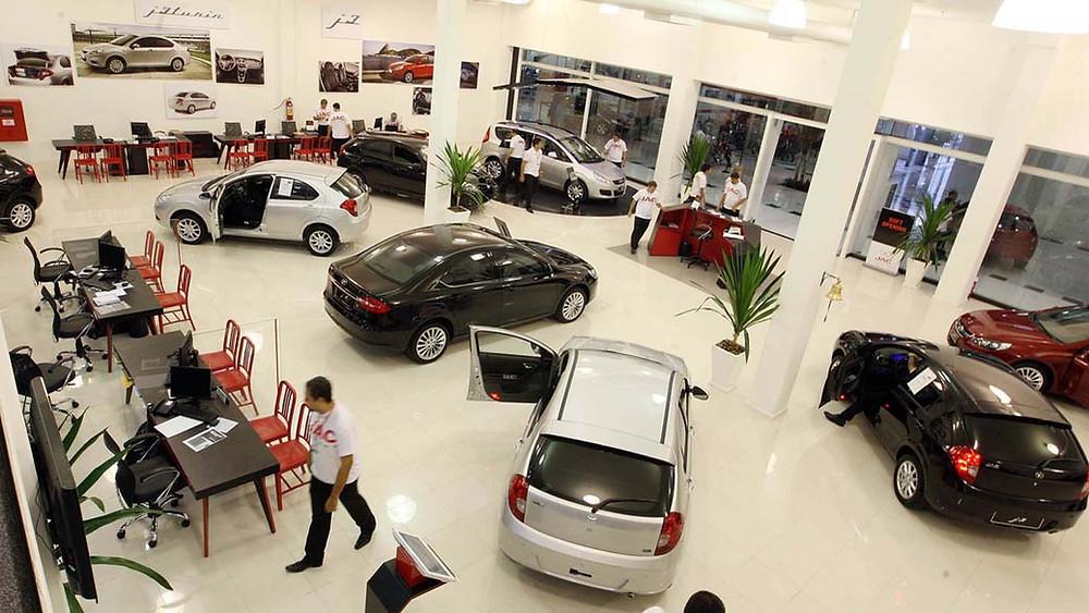 Carro de loja ou concessionária