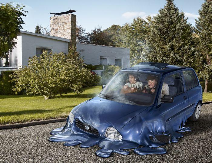 Carro derretendo
