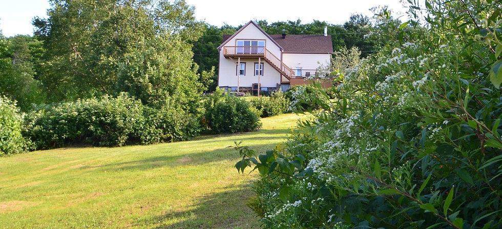 Maison Arche et Ange jardin.JPG