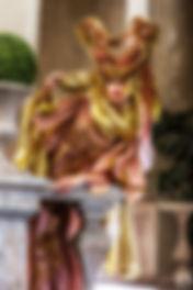 Костюм для встречи гостей на венецианских вечеринках