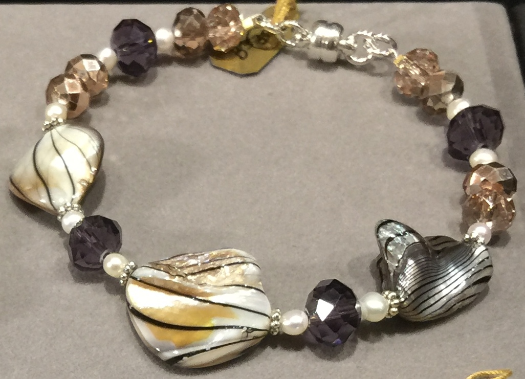 Shell, Asian Cystal Glass  Bracelet