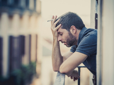 МЧС подтвердило, что новое постановление правительства запрещает курить на балконах