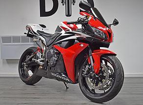 Used Honda CBR600RR Supersport For Sale Northampton Bike Sanctuary front right.jpg