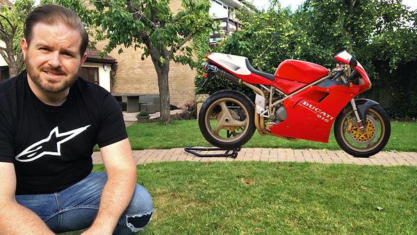 Ducati 916 vs Panigale V4 review 2019 20