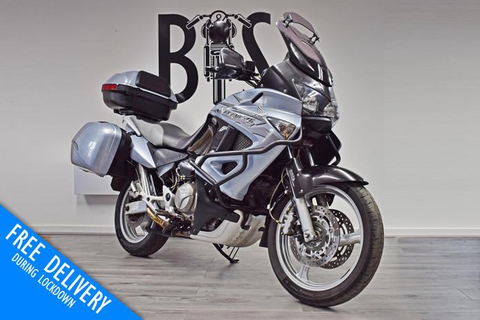 Used Honda XL1000V Varadero for sale northampton bike sanctuary front right.jpg