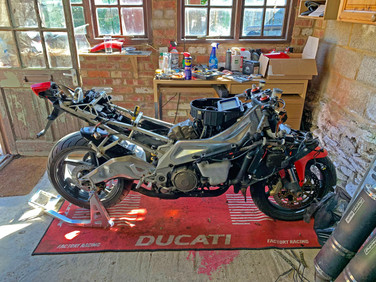 Aprilia RSV1000R Mille Gen 2 Restoration Proejct
