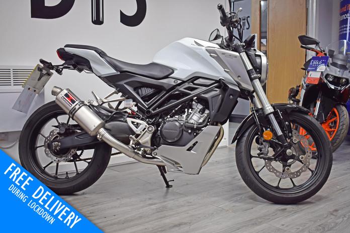 Used Honda CB125R 125 for sale northampton bike sanctuary right side.jpg