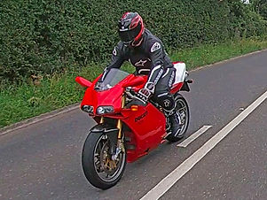Ducati 748R vs Panigale V2 review.jpg