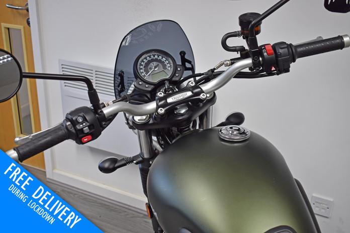 Used Triumph Street Scrambler 900 for sale northampton bike sanctuary clocks tank.jpg