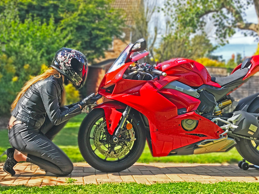 Ducati Panigali V4 First Ride Review