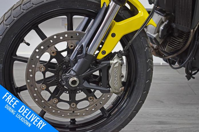 Used Ducati Scrambler 800 Icon Flat Tracker for sale Northampton Bike Sanctuary Brakes.jpg