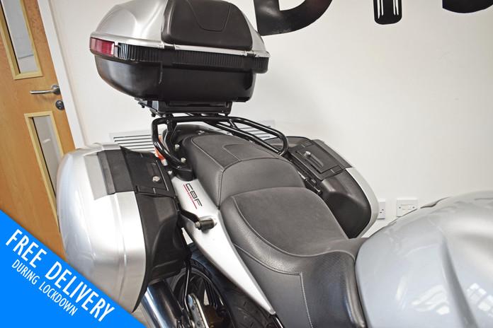 Used Honda CBF600 Tourer for sale northampton bike sanctuary luggage.jpg