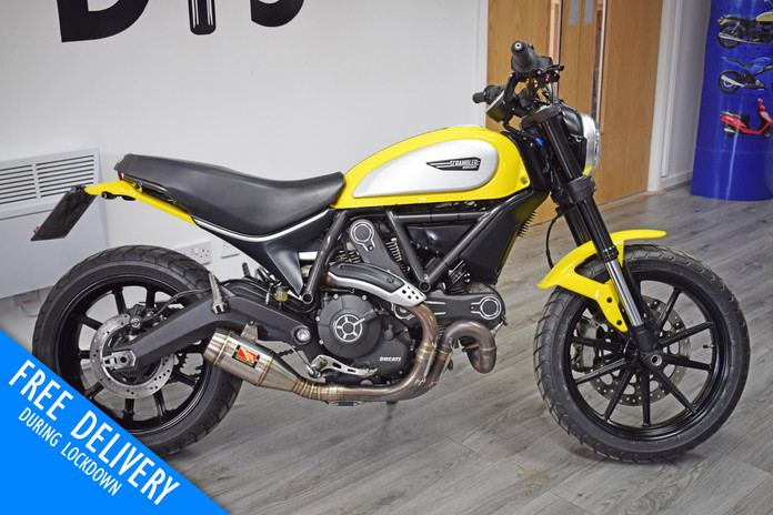 Used Ducati Scrambler 800 Icon Flat Tracker for sale Northampton Bike Sanctuary right side
