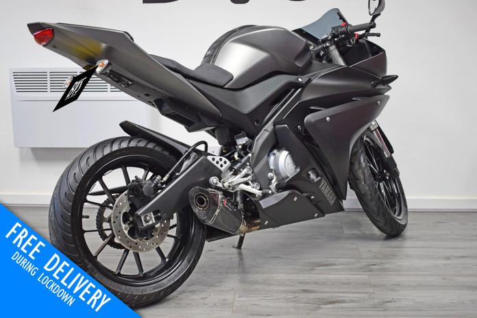 Used Yamaha R125 for sale northampton bike sanctuary right rear.jpg