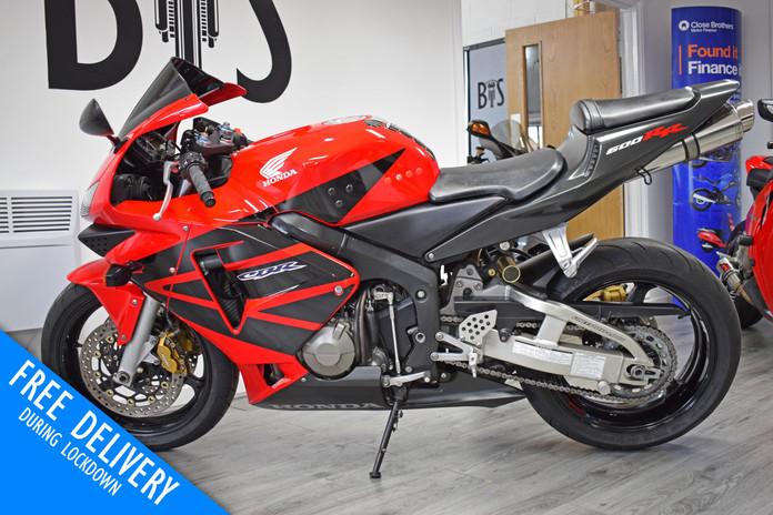 Used Honda CBR600RR Red For Sale Northampton Bike Sanctuary left side.jpg