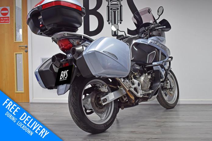 Used Honda XL1000V Varadero for sale northampton bike sanctuary right rear.jpg