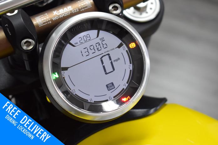 Used Ducati Scrambler 800 Icon Flat Tracker for sale Northampton Bike Sanctuary clocks.jpg
