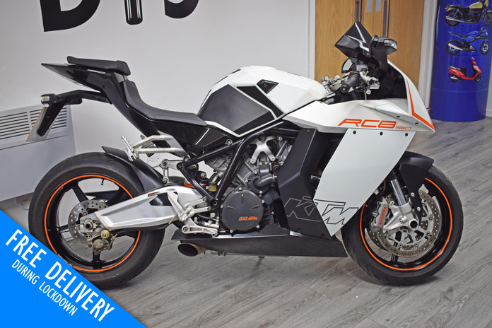 Used KTM RC8 1190 for sale northampton bike sanctuary front right side.jpg