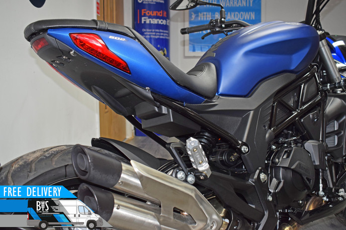 Used benelli 502c city cruiser blue for sale northampton bike sanctuary right rear exhaust
