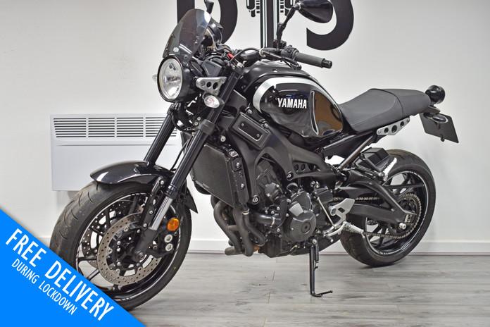 Used Yamaha XVR900 for sale northampton bike sanctuary front left.jpg