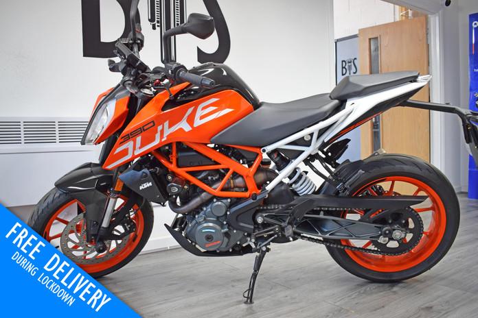 Used KTM Duke 390 for sale northampton bike sanctuary left side.jpg