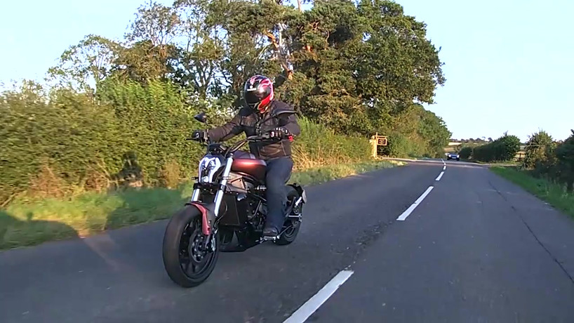 Click here to watch the full Benelli 502C Cruiser Review