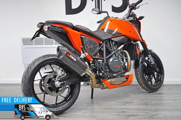 Used KTM 690 Duke for sale northampton bike sanctuary right rear.jpg