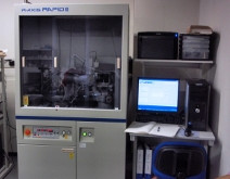 イメージングプレート単結晶自動X線構造解析装置 R-AXIS RAPID II (理学電機)