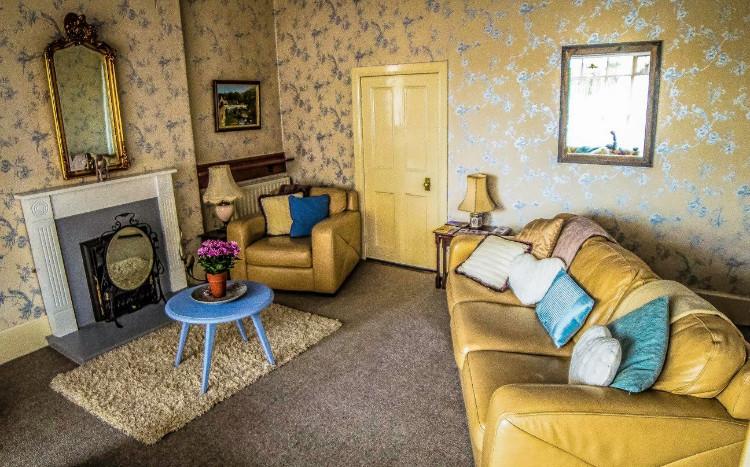 Hillside Holiday Home Living Room