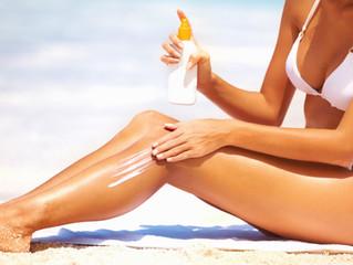 8 regole per abbronzarsi e prevenire macchie e tumori della pelle.