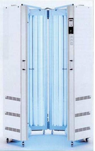 fototerapia UVB a banda stretta con lampada curativa per acne, psoriasi, dermatite atopica, eczema, dermatologo Dott. Emilio Betti