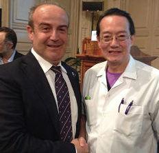 Dott. Emilio Betti, chirurgo estetico, medico estetico, dermatologo e Woffles Wu