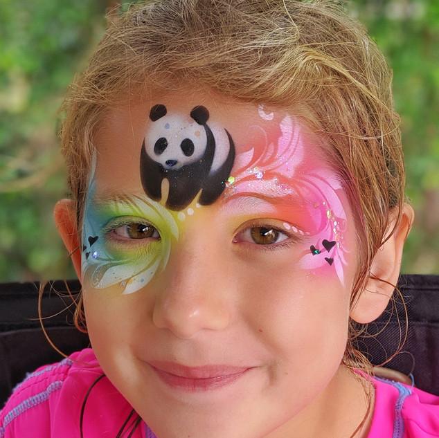 Panda full face.jpg