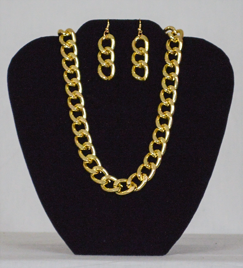 The Link Chain Earring and Necklace Set