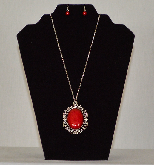 Red Circle Earring and Necklace Set.