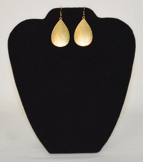 Pretty Dangle Earrings