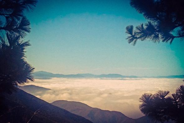 cloudhighbearmtn.jpg