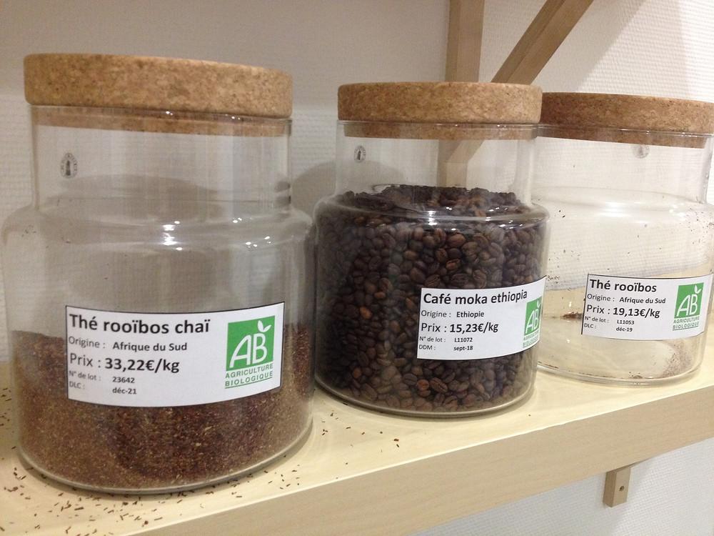Du thé Rooibos venu tout droit des champs que j'avais visité en Afrique du Sud dans l'épicerie solidaire Bulko, Lyon