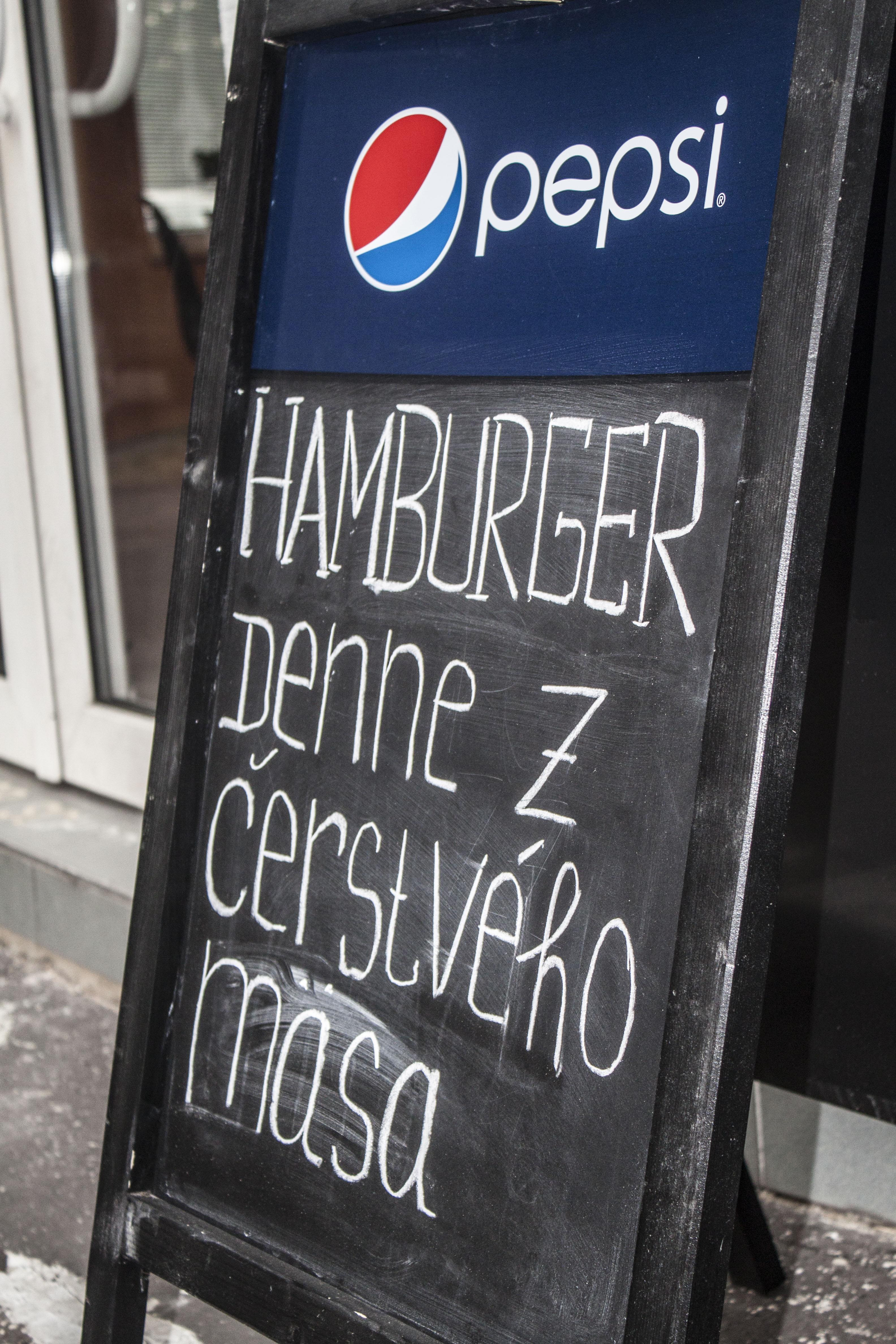 Stryko Burger (3).jpg