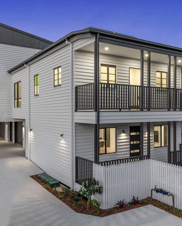 Heritage listed building blended with a modern fourplex